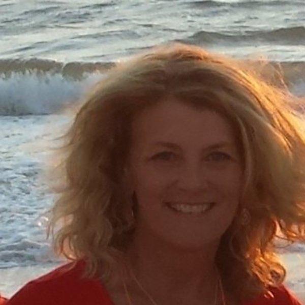 Lynne Raimondo
