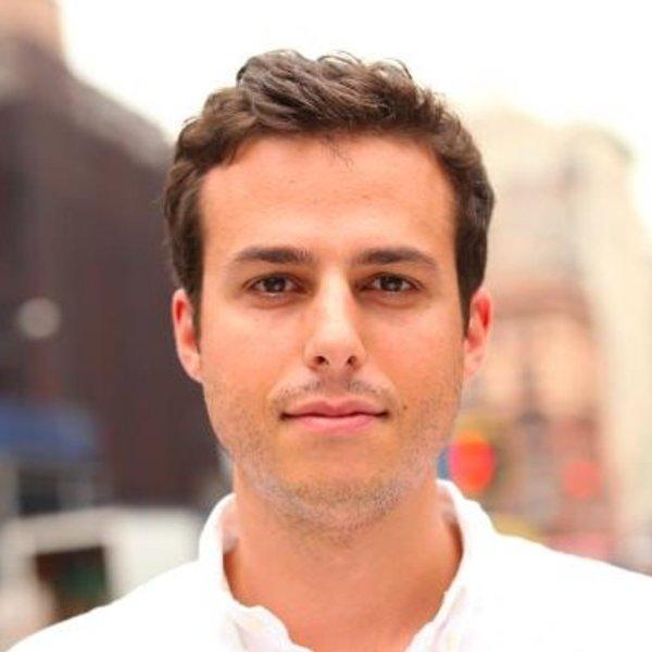 Aron Grossman
